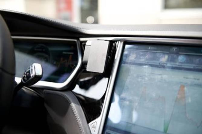Bilde av Brodit ProClip Center Mount- Tesla Model S/Model