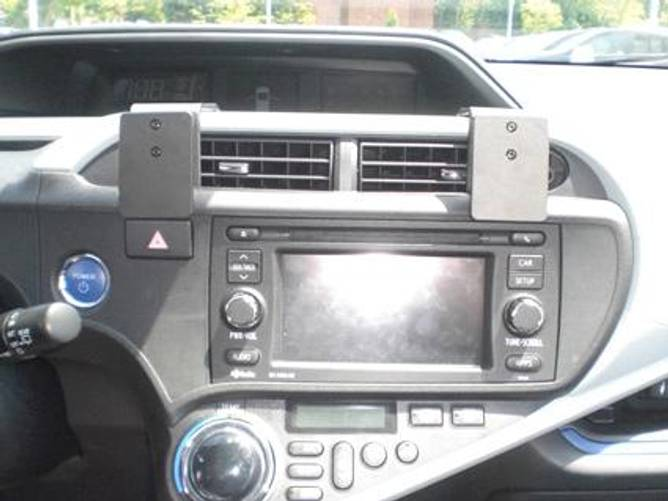 Bilde av Brodit ProClip Center Mount - Toyota Prius c