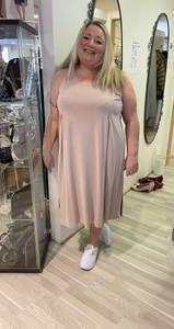 Bilde av que kjole uten arm 38030