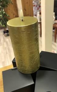 Bilde av Uyuni ledd pilar candle-metallic-Gold