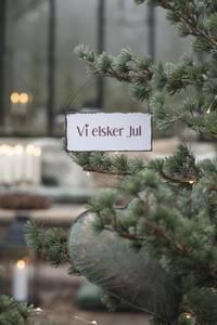 Bilde av Metallskilt Vi elsker jul