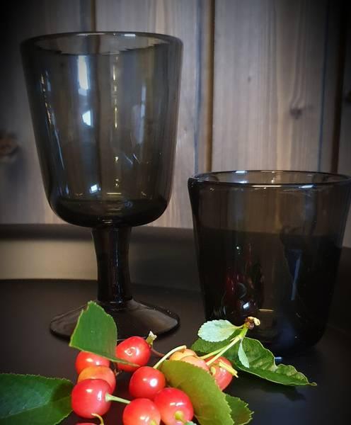 Drikkeglass sotet glass