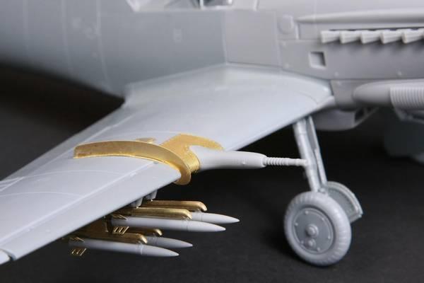 Hispano HA-1112 Buchon/Tripala Wing Accessory/ Ej