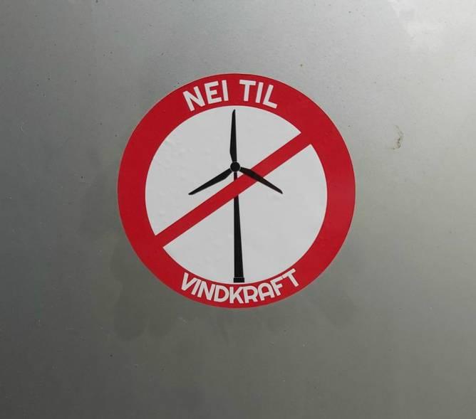 Bilde av Nei til vindkraft klistremerke