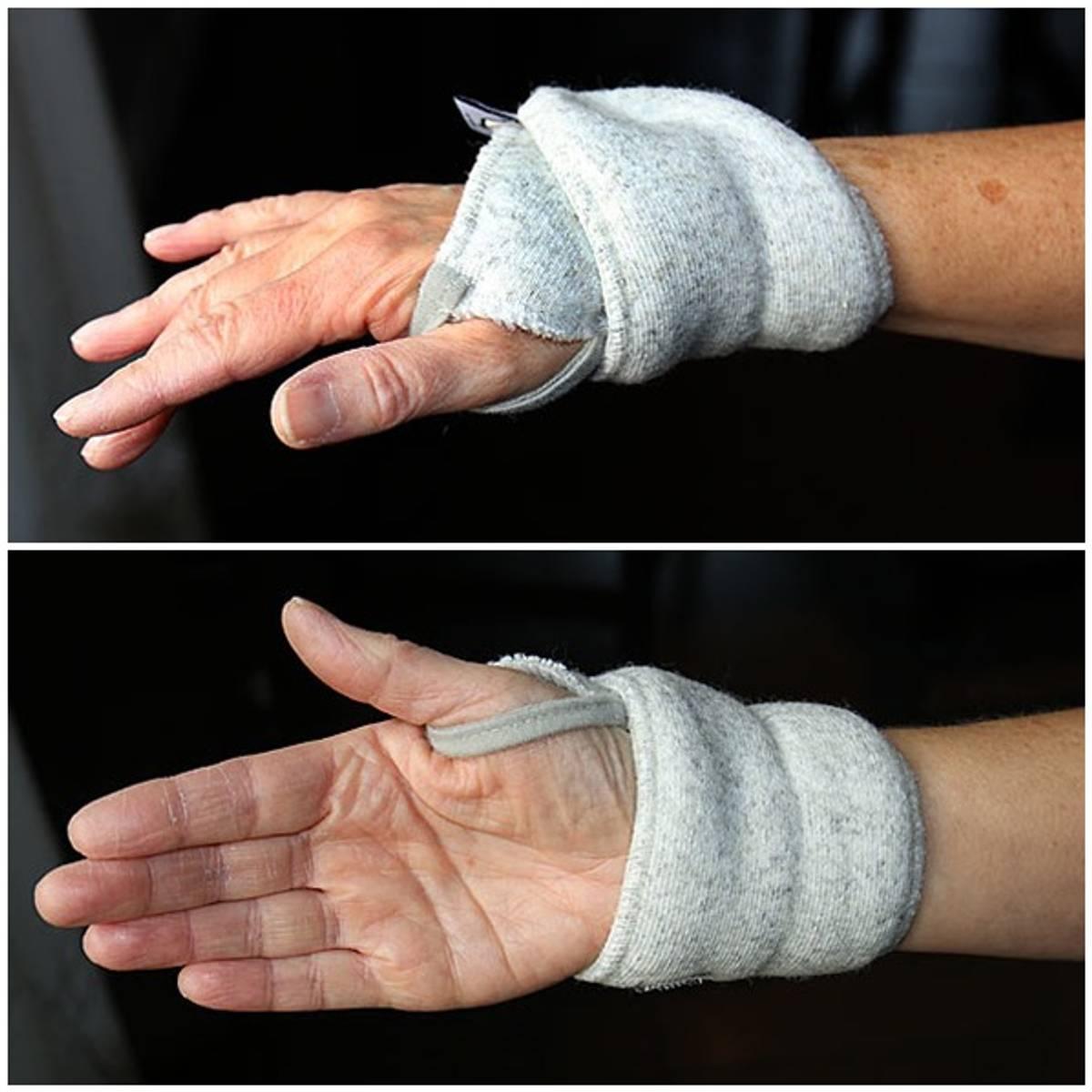 Wrist warmer in merino wool