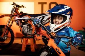 "Bilde av KTM Factory Replica Stacyc 16"" EDrive"