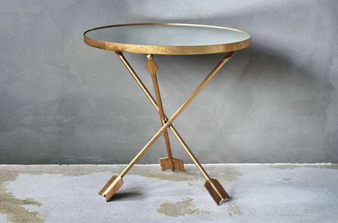 Bilde av TREND - Sidebord med piler gull