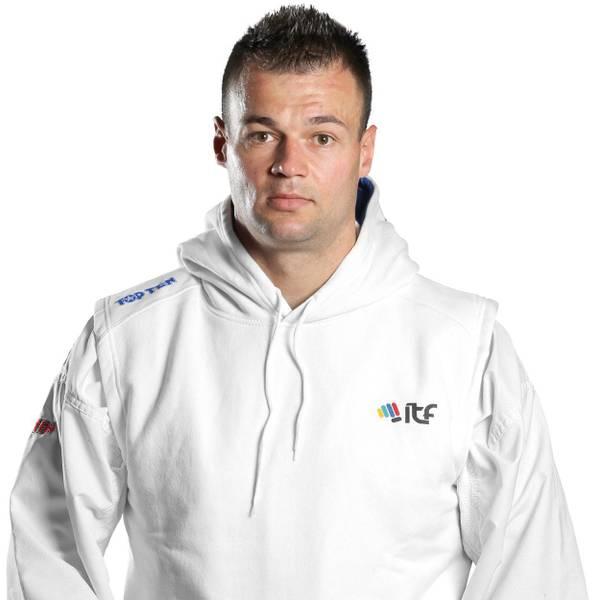 Bilde av TOP TEN ITF Taekwondo Oppvarming/Hettegenser