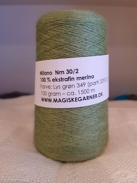 Bilde av Merino ull 30/2 f. Lys grønn 349
