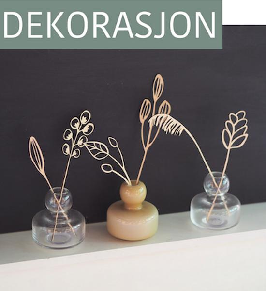 Se vårt sortiment av håndlagde vaser og skåler i keramikk, samt delikate dekorasjoner i tre.