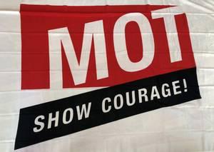Bilde av MOT-flagg