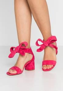 Bilde av Fabienne Chapot sandal
