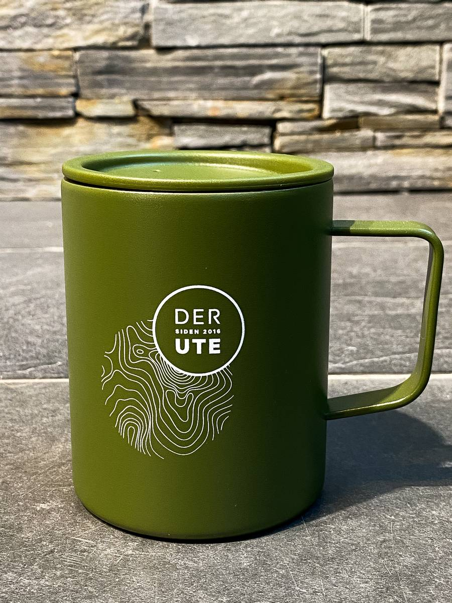 DerUte x Mizu Camp Cup Army Green