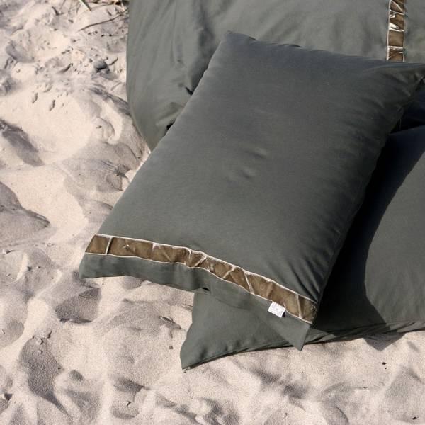 Beach House, band putetrekk cedar/olive 50X70
