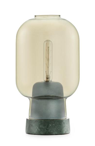 Normann Copenhagen Amp bordlampe gold/green