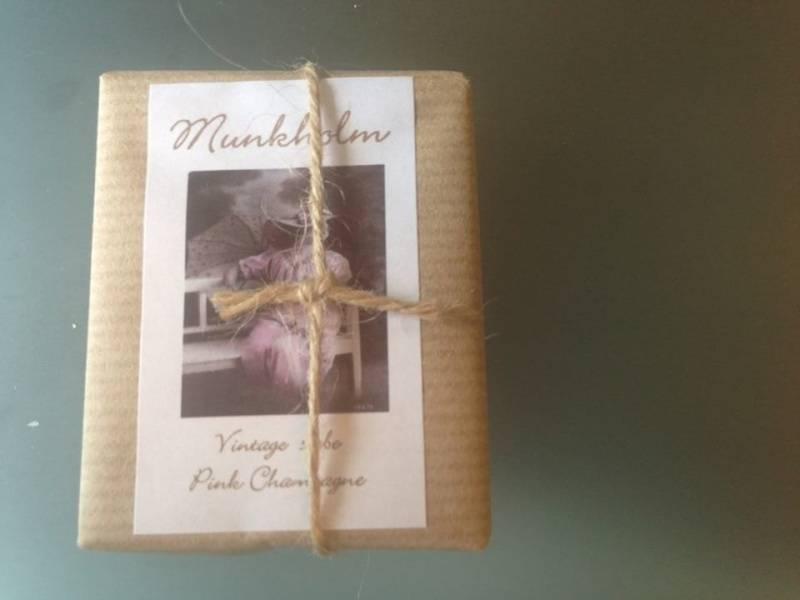 Munkholm, vintagesåpe , pink champagne