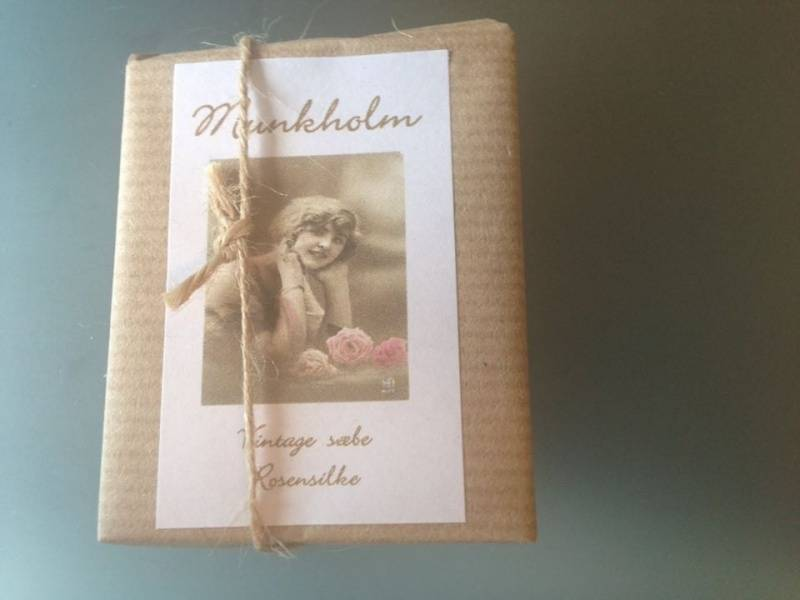 Munkholm, vintagesåpe , rosensilke