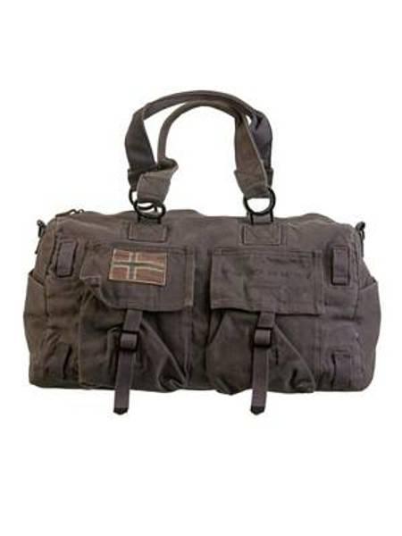 Barfota, journey bag mole