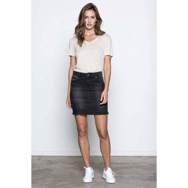 Basic apparel, Monica top sand