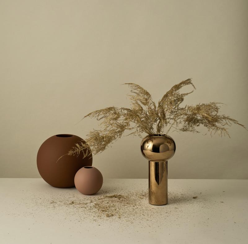Bilde av Cooee Pillar Vase 24 cm Gold