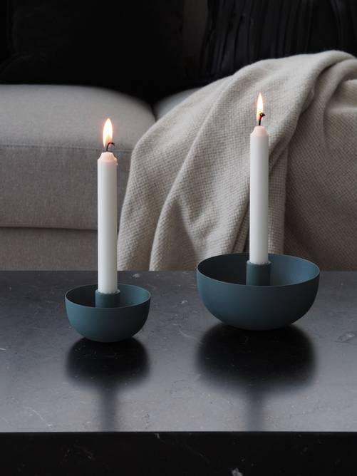 Bilde av Caro lysestake natural blå