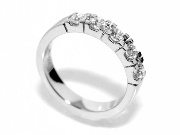 Spesialpris! Alliansering med diamanter 0.50 carat w.si