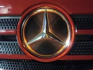 Bilde av Mercedes Actros stjerne