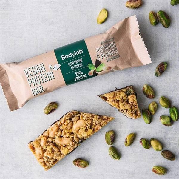 Bilde av Bodylab Vegan Protein Bar  - Pistachio & Peanuts (20x40g)