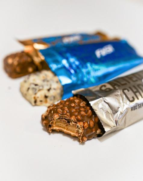 Bilde av FAST - Rox Proteinbar - Vanilla Choco Crisp 55g