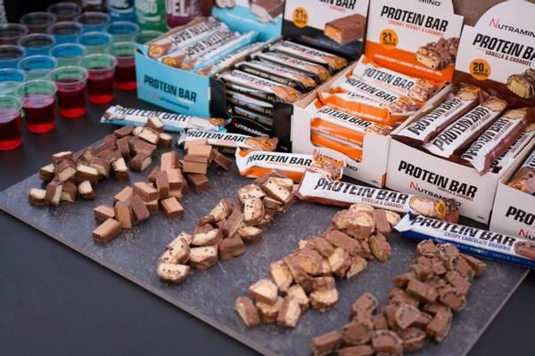Bilde av Nutramino Proteinbar - Chunky Peanut & Caramel (12x60g)