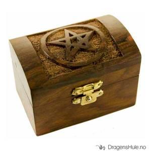 Bilde av Skrin: Liten kiste med pentakkel