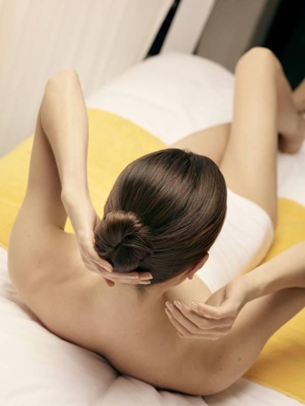 Bilde av Voksing av legger, lår, bikinilinje og armhuler