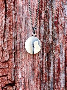 Bilde av Sølvsmykke: pålodda høne, lite