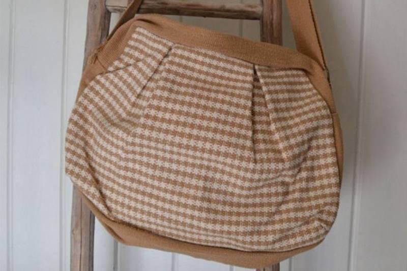 Bilde av Veske med legg, rødbrun
