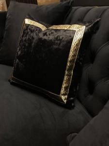 Bilde av Aten putetrekk gull/svart 40x40cm