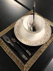 Bilde av Aten bordbrikke svart/gull