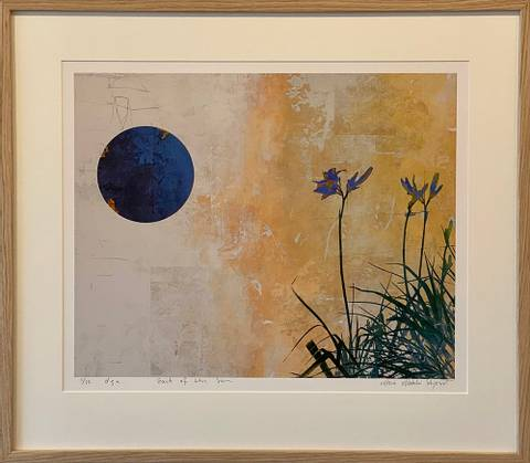 Bilde av East of the Sun av Maria Natalie Skjeset med ramme