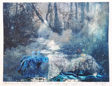 Bilde av Idet natten slipper lyset til (blå) av Elisabeth Werp