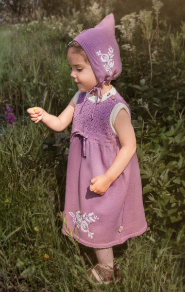 Bilde av kjole Hedda bordeaux