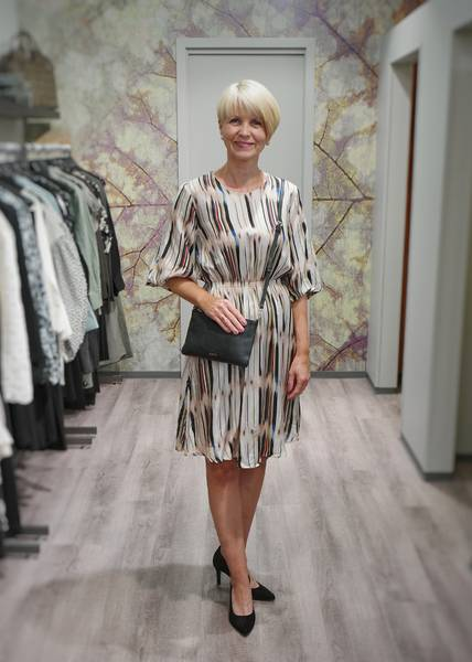 Bilde av MUNTHE - Lava Dress Sand