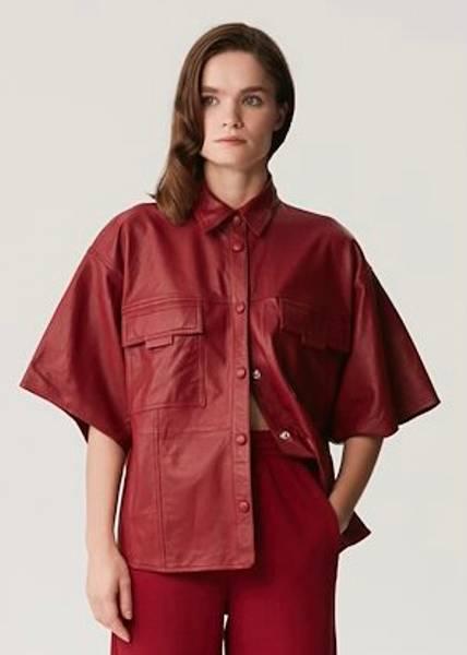 Bilde av GESTUZ - LiljaGZ SS Shirt Red