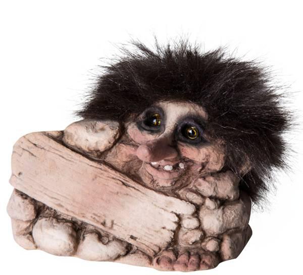 Image of Troll W/plate (Troll # 074)