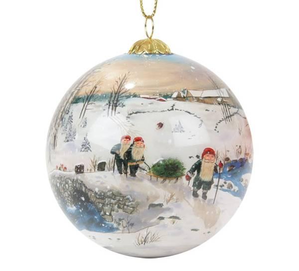 Image of Glass ball, santas on bridge Bergerlind