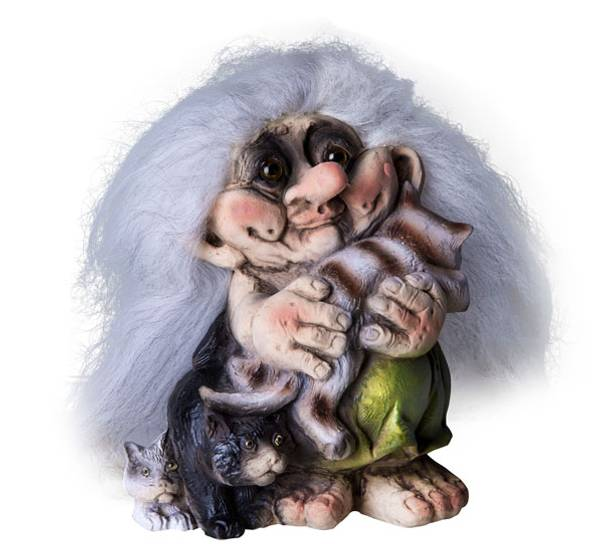 Image of Troll woman w cats (Troll # 088)