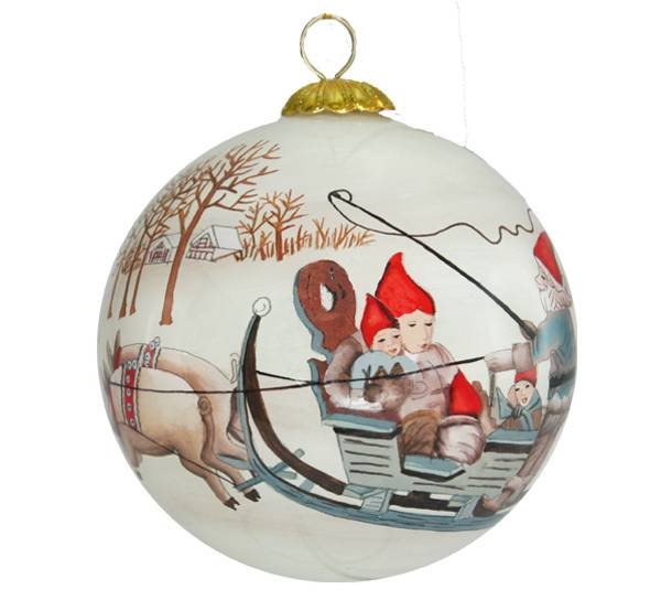 Image of Glass ball, santa and the Glass pig, 'Lien'
