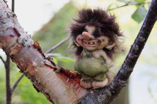 Image of Troll, small boy (Troll # 018)