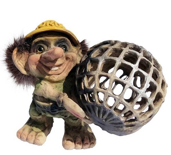 Image of Troll, Nordkapp with hat (Troll # 183)