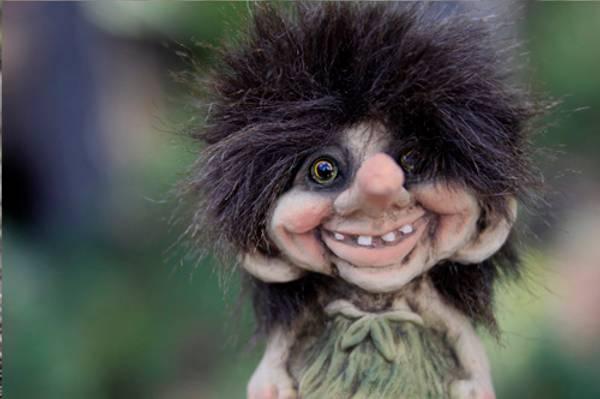 Image of Troll, small girl (Troll # 015)