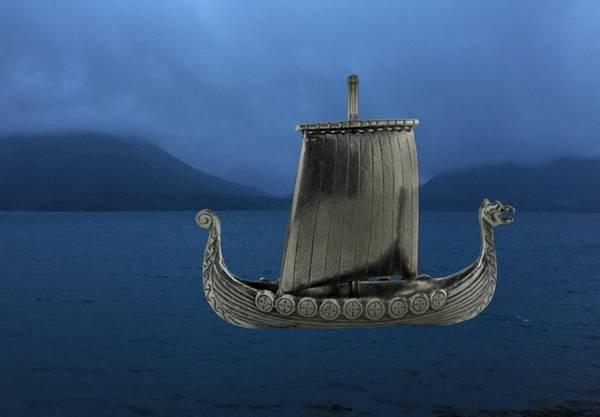 Image of Viking ship with 9 shields Tinn-Per