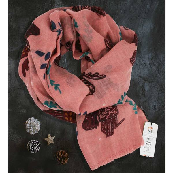 Bilde av Ullskjerf, lekende elg, rosa/burgunder